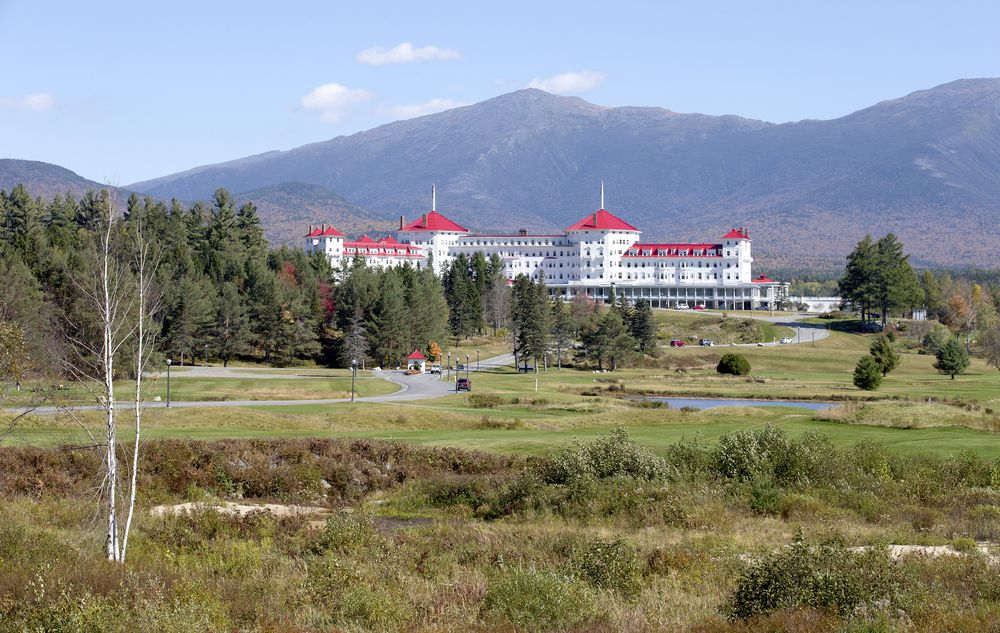 Romantic getaways in new hampshire new england vacations for New england honeymoon packages